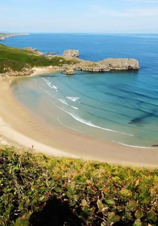 llanes playa de torrimbia 2