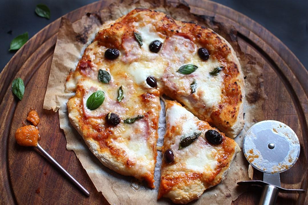 pizza maison la mozzarella royal chill blog cuisine voyage et photographie. Black Bedroom Furniture Sets. Home Design Ideas