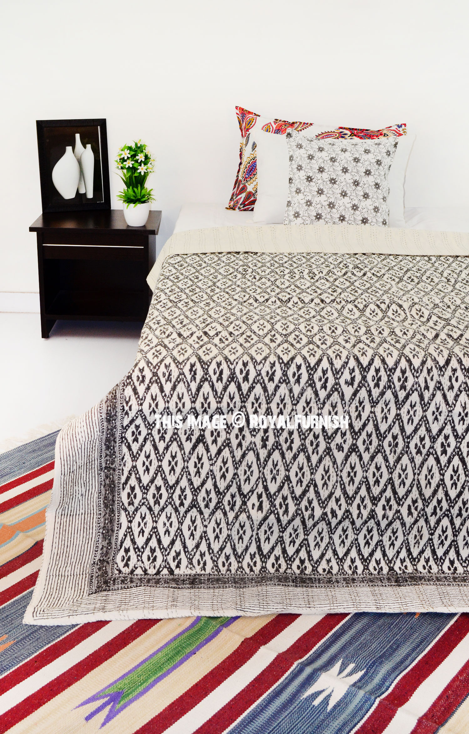 Twin Size Black And White Canvas Printed Ikat Kantha Quilted Bedding