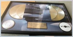 essince drake platinum plaque close up royal heir entertainment