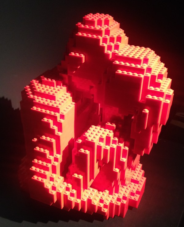 Lego Art of the Brick-The Kiss