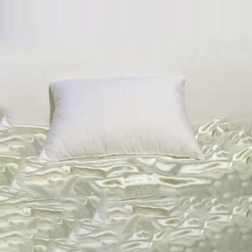 down pillows hungarian 700 standard 20 x26