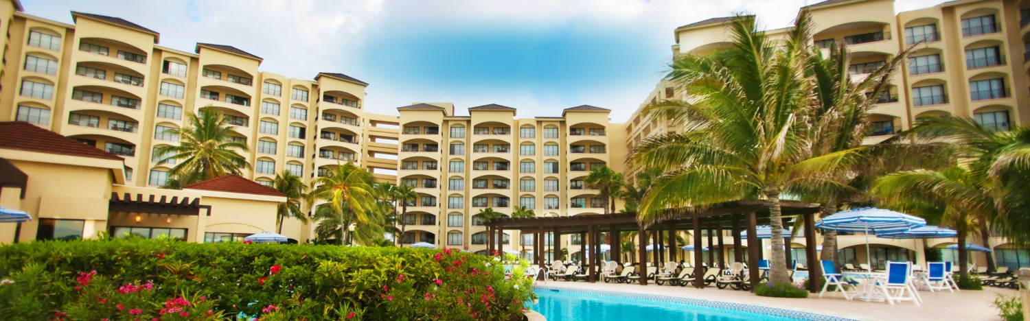 The Royal Caribbean All-Suite Family Resort on Cancun's spectacular shoreline