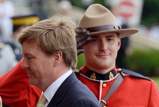 King-Willem-Alexander-Canadian-Mountie