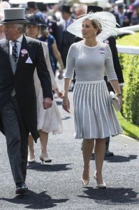 http://www.glamour.com/story/sophie-countess-of-wessex-style?mbid=social_pinterest