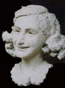 portret Anne Frank boetseren