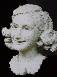 portret Anne Frank keramiek