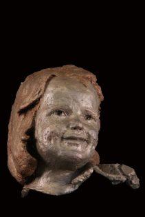portret meisje brons