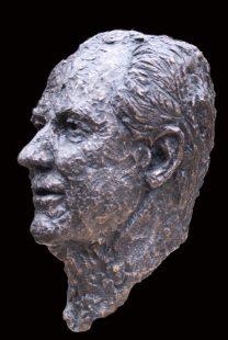 portret brons