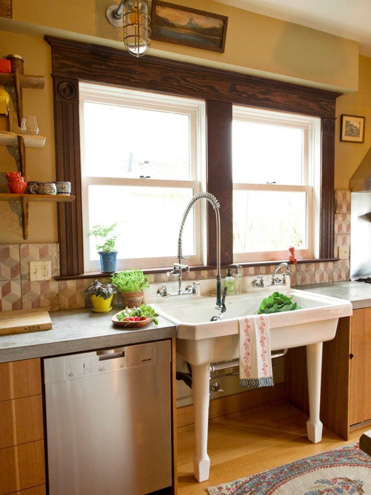 Older Home Kitchen Remodeling Ideas | Roy Home Design on Kitchen Remodeling Ideas  id=88489
