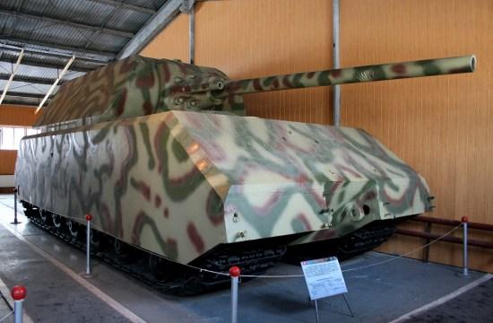 Maus w Muzeum czołgów w Kubince