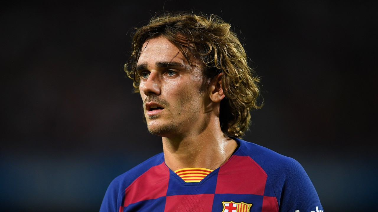Antoine griezmann has also been used as a poacher and as a wide playmaker. Barcelona striker Antoine Griezmann enters the stallion ...