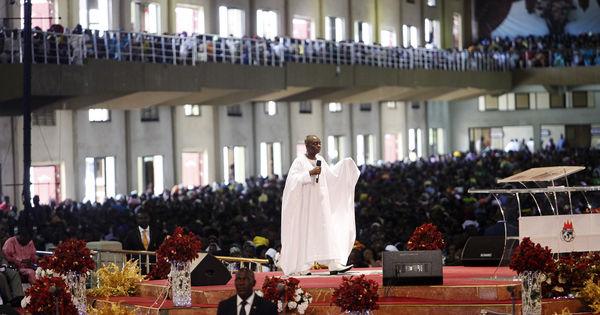 Pasteur, le métier le plus rentable et le plus beau d'Afrique : David Oyedepo le pasteur aux 150 millions de dollars