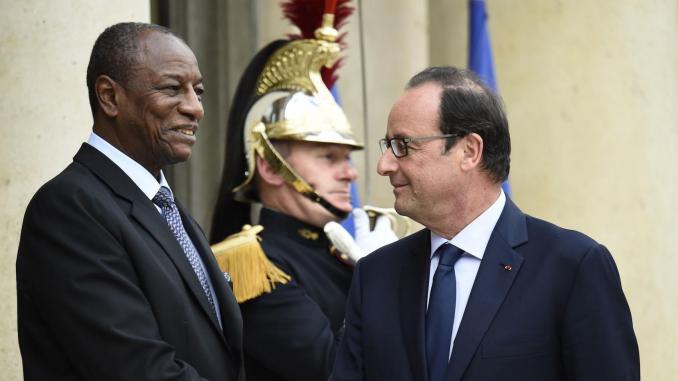 Le président Alpha Condé et son homologue Francois Hollande