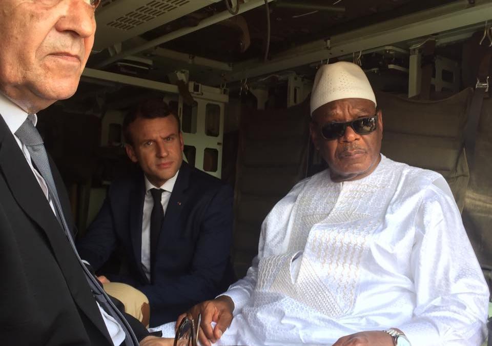 Macron et IBK à l'Elysée évoquent la reforme constitutionnelle à venir au Mali