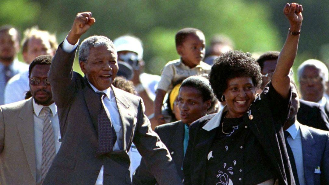 Winnie & Nelson Mandela le jour de sa libération le 11 février 1990Winnie & Nelson Mandela le jour de sa libération le 11 février 1990