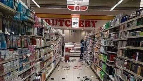 La négrophobie en Afrique du sud : attaque de l'enseigne sud-africaine Shoprite à Lagos (Nigéria)