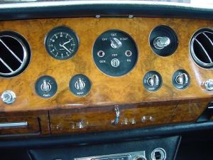 RollsRoyce Silver Shadow  Dashboard