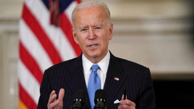 """""""Armët në SHBA janë kthyer në epidemi"""", Biden paralajmëron rritje të vrasjeve gjatë verës"""