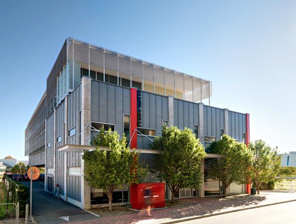 Richard Szklarz Architects - Hood Street 12
