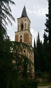 Een van die heilige plekke in Georgië is die Bodbe nonne klooster wat destyds deur Sint Nino gestig is.