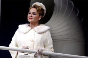 """Michelle in """"Die Passassier' - die rol waarin sy gehore verstom en oorrompel het,"""