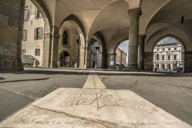 Meridiana sotto Palazzo della Ragione_