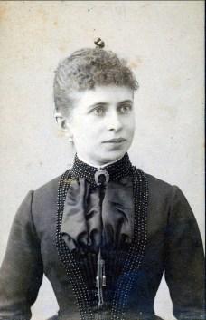 1890, Johanna Bensdorp (Moe 1855-1940) mère de François der Kinderen à 25 ans