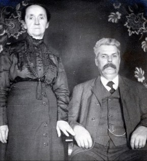 1915 Marie-Jeanne et Napoléon (mémère et pépère) Fournier