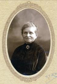 1915 approx Moe