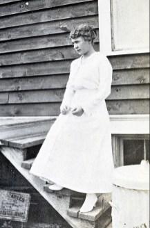1917, Mlle Jeanne Hérin - marraine de Jeanne