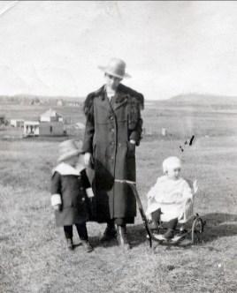 1920, Jeanne, Germaine, Henriette