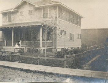 1921, 18 av. Champlain Shawinigan Falls