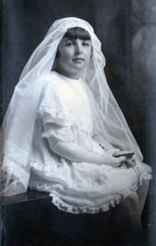 1927, approx Gaby de Kinder