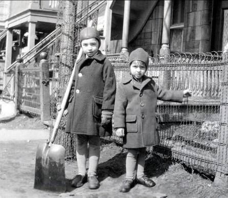 1931, Louis et Maurice de Kinder