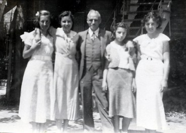 1934, Jeanne de Kinder, Rita Fournier, François de Kinder, Gaby et Henriette de Kinder