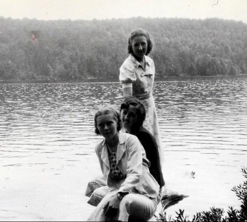 1937, en montagne, Rita Fournier, Jeanne et Henriette de Kinder