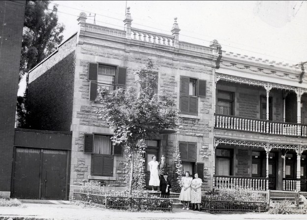 1938, mai, déménagement au 5684 rue Clark