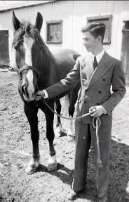 1940, Louis de Kinder