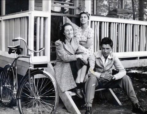 1941, 24 août Jeanne, Gaby et Louis de Kinder à Ste-Eustache
