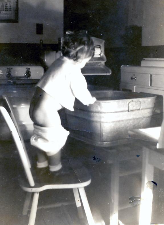 1942, Paulette à 19 mois