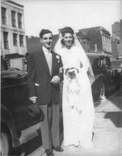 1944,-Johnny-et-Laurette-Sofio--mariage_r
