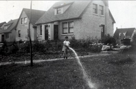 1946, approx av des Plaines, Marc