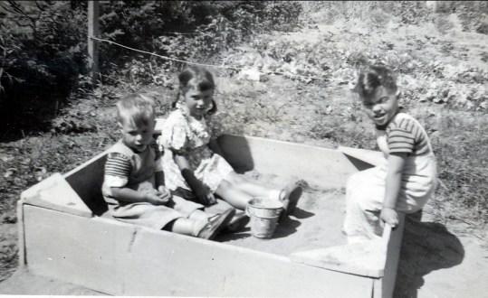 1947, Bobby, Irène et Jimmy Sofio