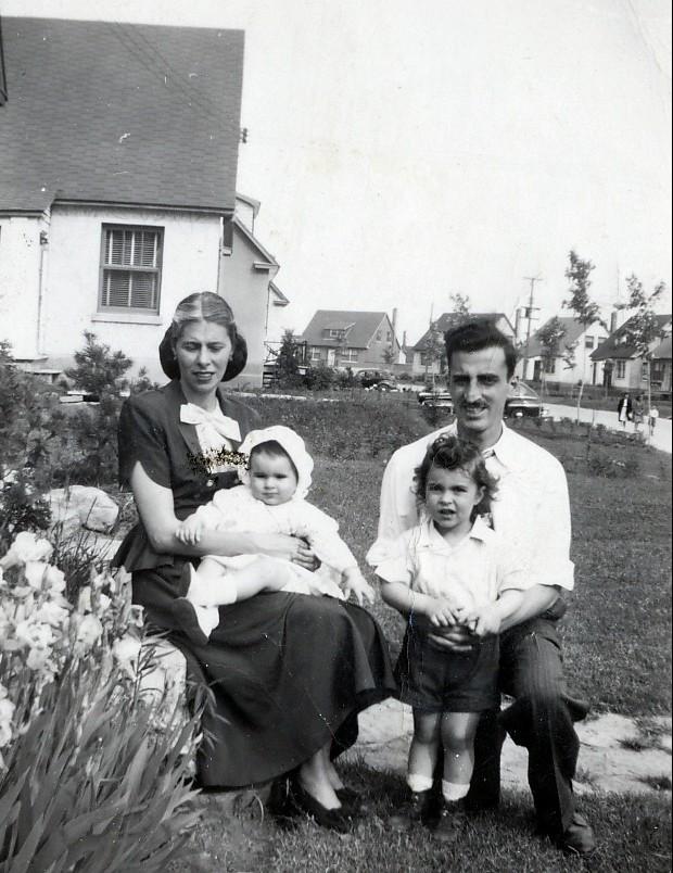 1947, Laurette et Lina, Johnny et Jimmy Sofio