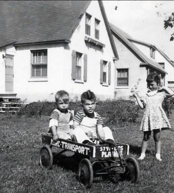 1947, approx Bobby, Jimmy Sofio et Irène