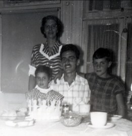 1948 approx famille Sofio