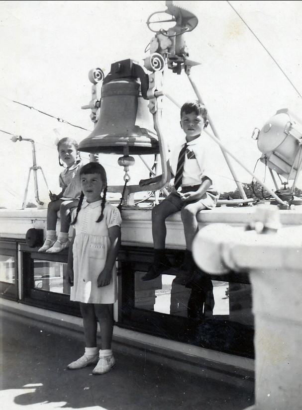 1948, bateau - Irène, Paulette et Marc