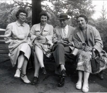 1958, Gaby, Jeanne, François et Henriette de Kinder à Pittsburg