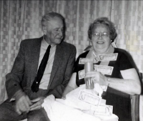 1960, approx Horace Thivierge et aunt Cecilia Rochford
